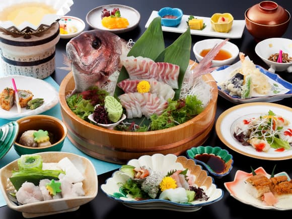 淡路産はも鍋と鯛の活造会席